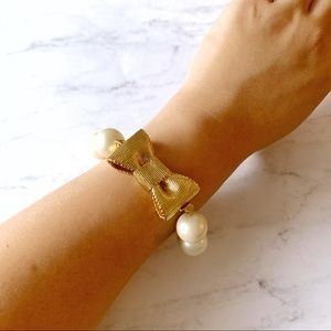 kate spade Jewelry - Kate Spade Gold Pearl Bow Bracelet